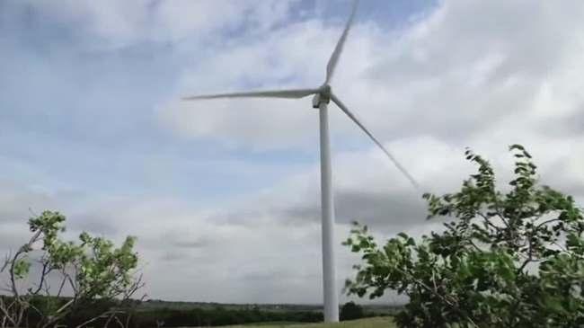 Wind turbines_112903