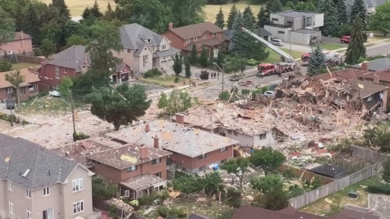 home leveled in explosion_284596