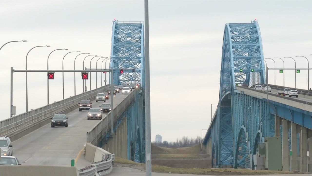 Citizens, politicians push to remove Grand Island tolls