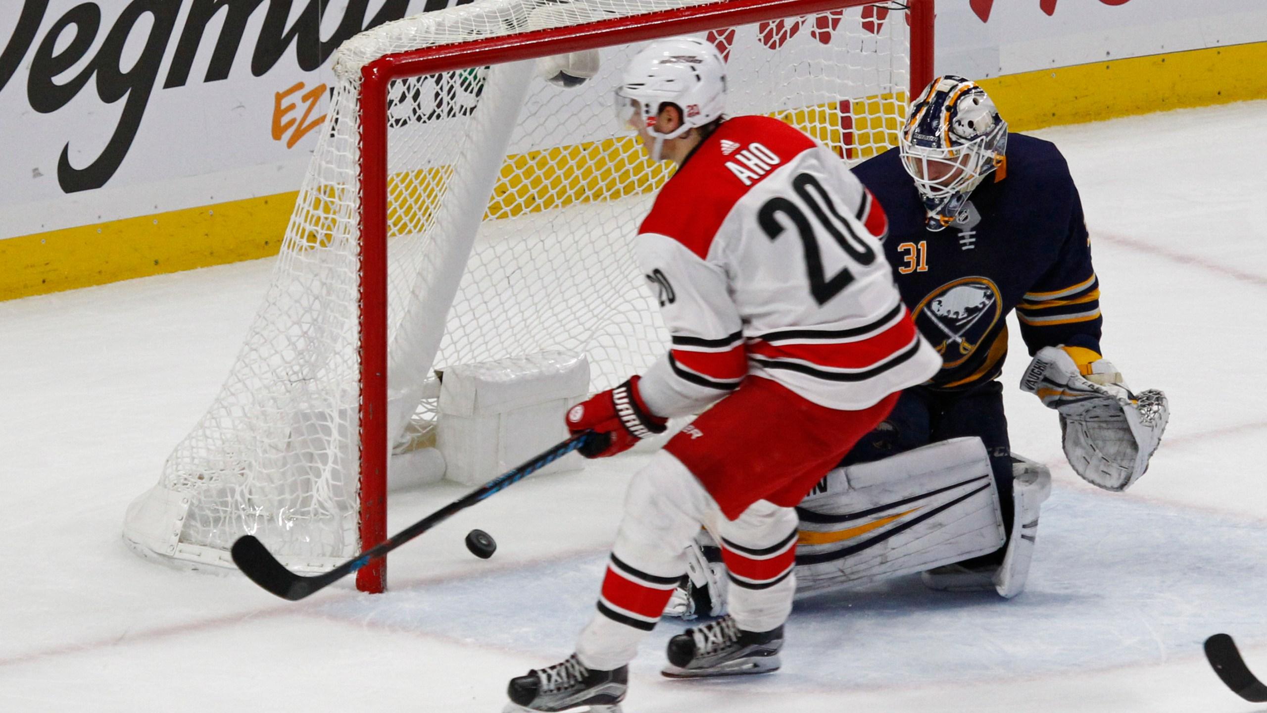 Hurricanes Sabres Hockey_495874