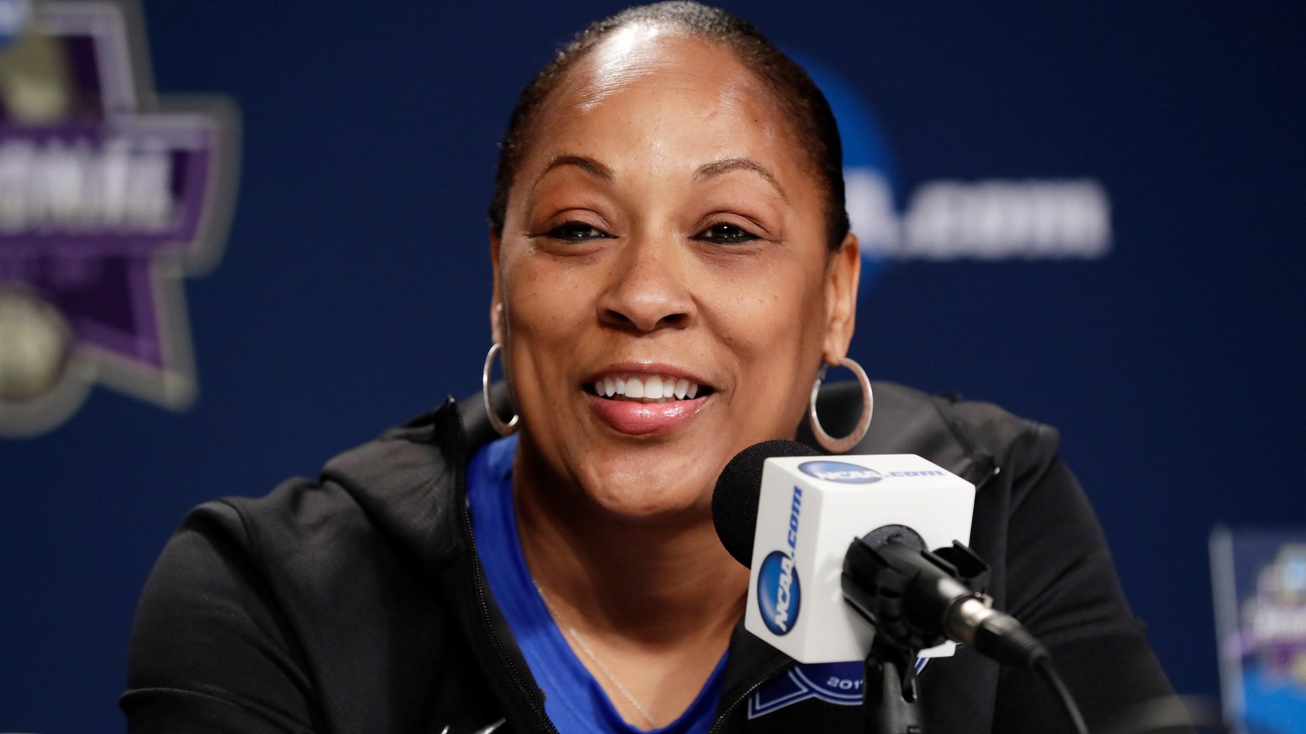 NCAA Buffalo Basketball_1527624741670
