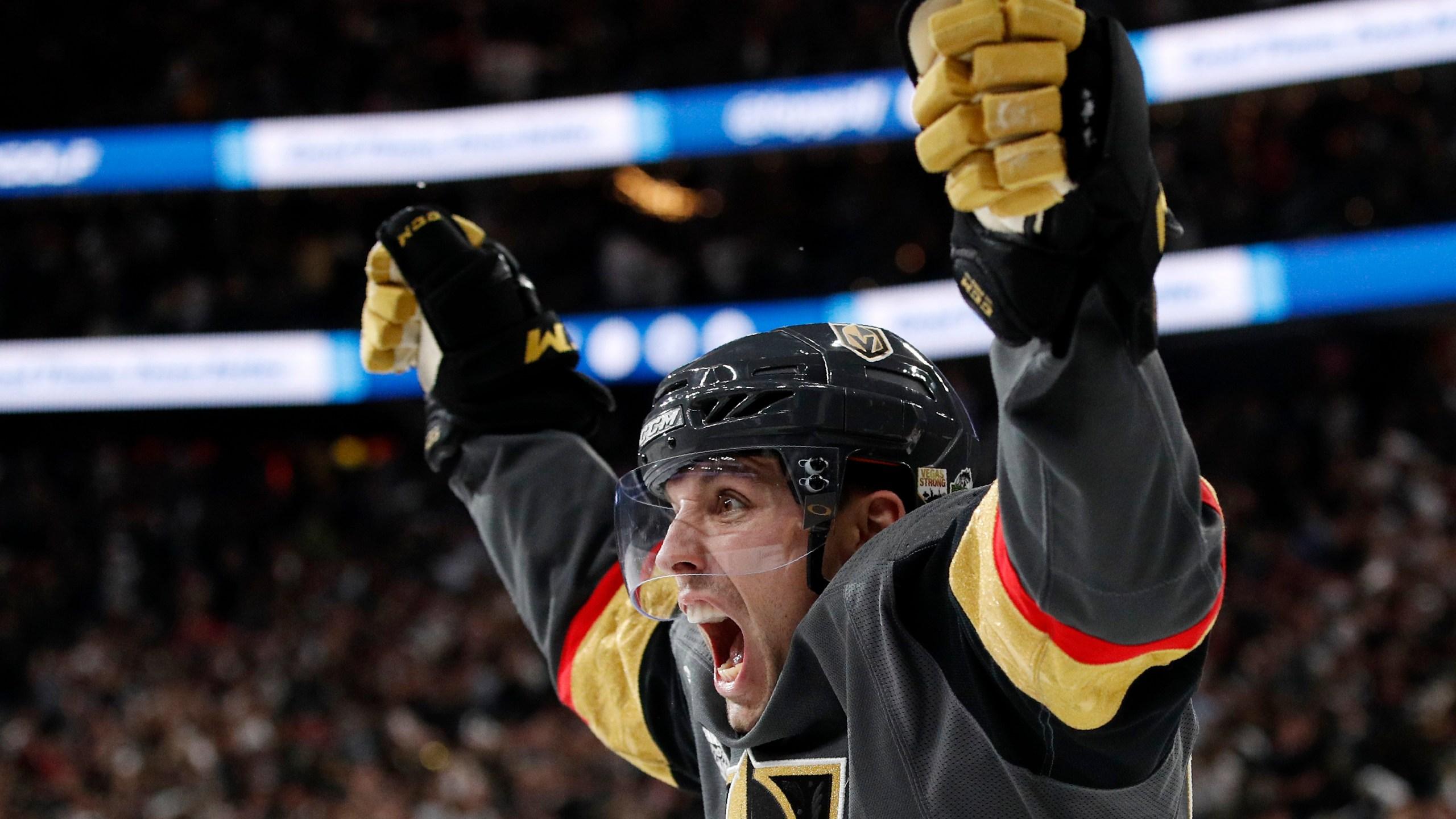 APTOPIX Stanley Cup Capitals Golden Knights Hockey_1529866294464