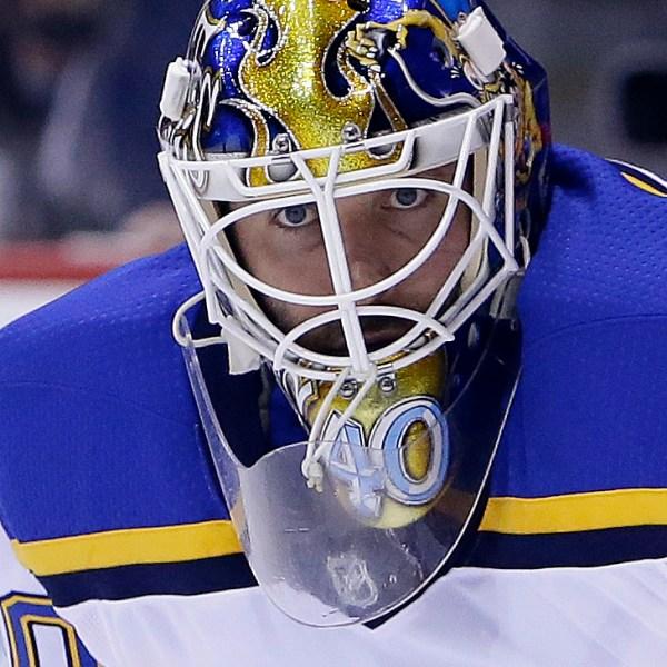 Blues Coyotes Hockey_1530306779744