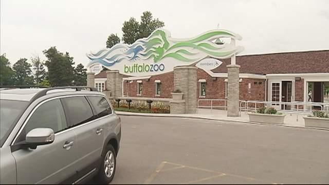 buffalo-zoo-entrance_1521734216655.jpg