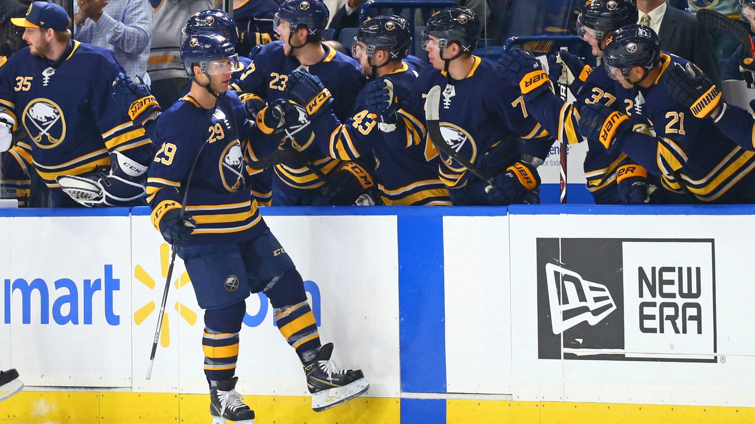 Canadiens Sabres Hockey_1540518658179