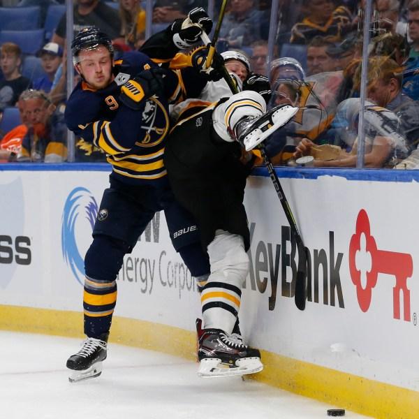 Penguins Sabres Hockey_1538682894240