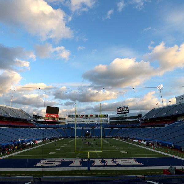 Patriots Bills Football_1541382722396