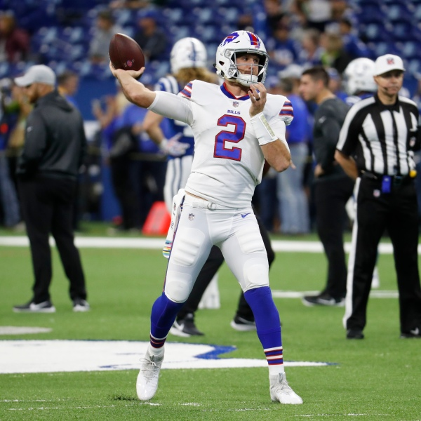 Bills Colts Football_1541344295761
