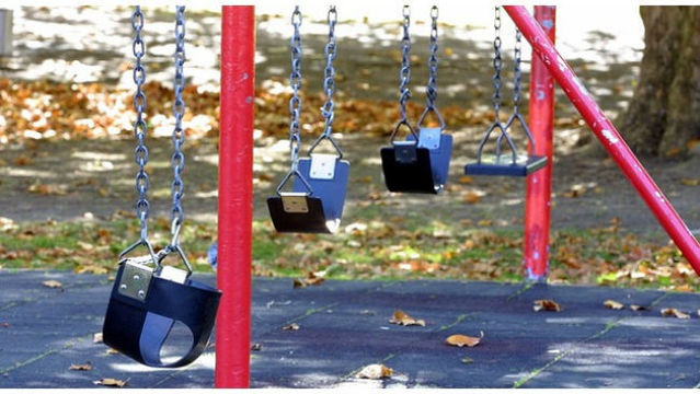 park playground swing_1541900133921_1541983158002.jpg_61864959_ver1.0_640_360_1542110154769.jpg.jpg