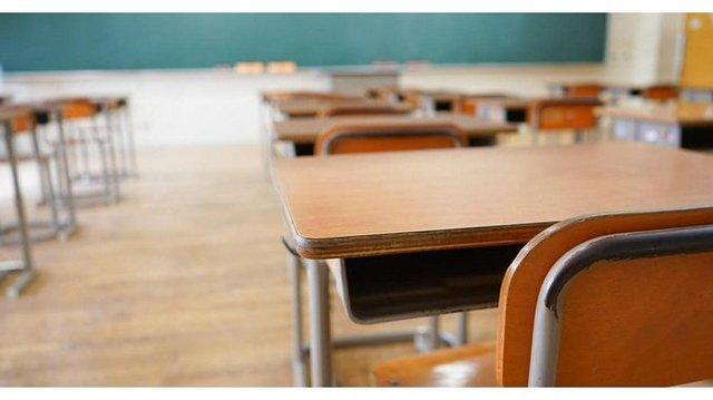 School desks classroom generic picture_1546944513787.jpg_66841713_ver1.0_640_360_1547493734481.jpg.jpg