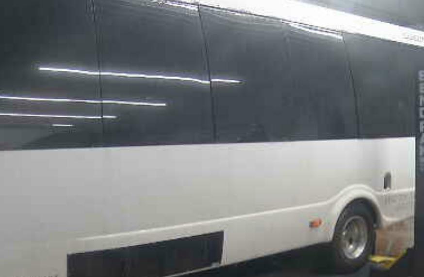 Limousine_1549506584105.jpg