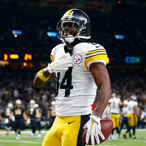 Steelers Saints Football_1552020421050