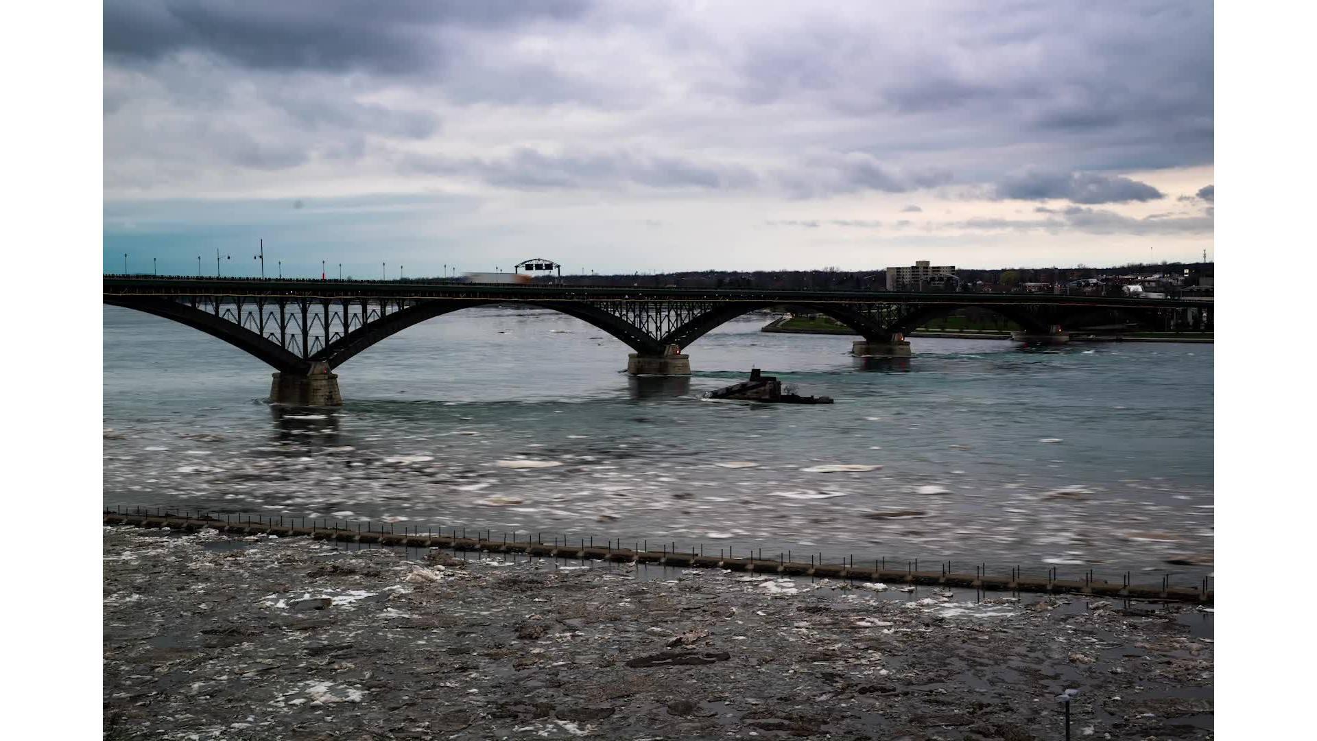 Peace Bridge time lapse