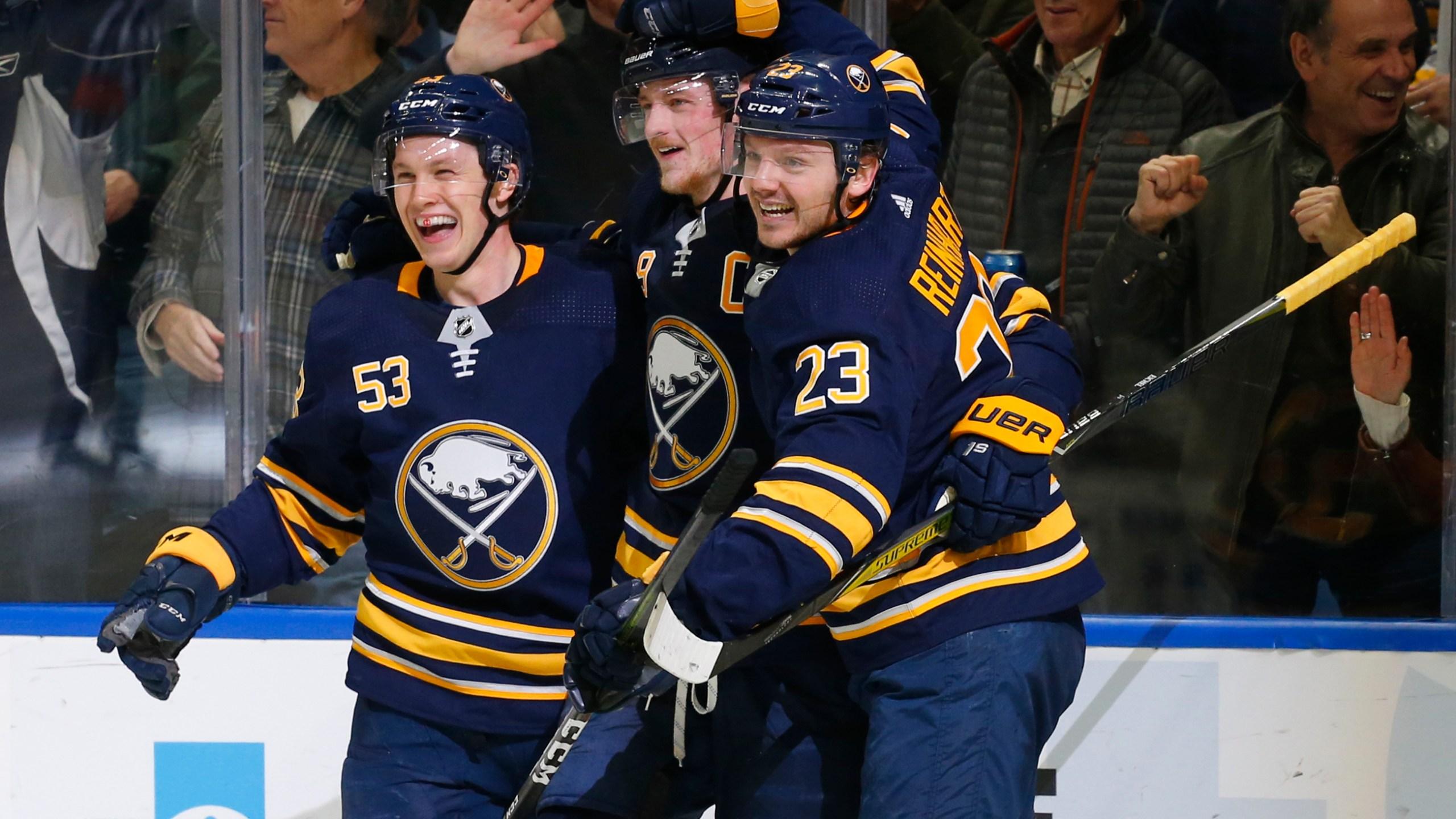 APTOPIX Leafs Sabres Hockey_1554600241376