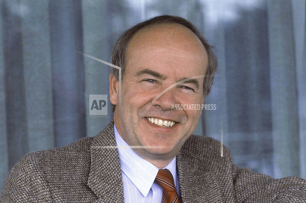 Obit Tim Conway_1557854663425