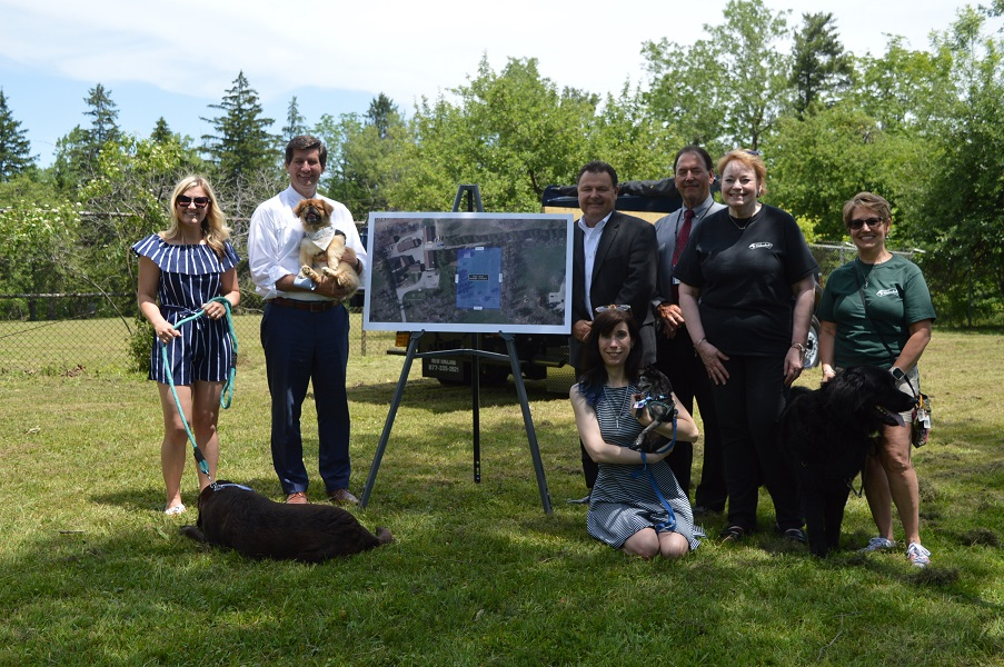 erie county officials announce new dog park coming to como