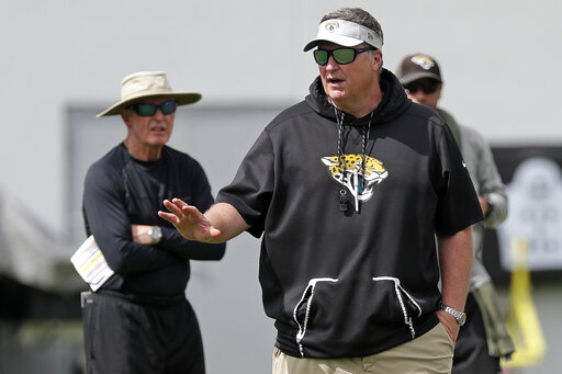 jaguars don u2019t expect robinson  lee to play in season