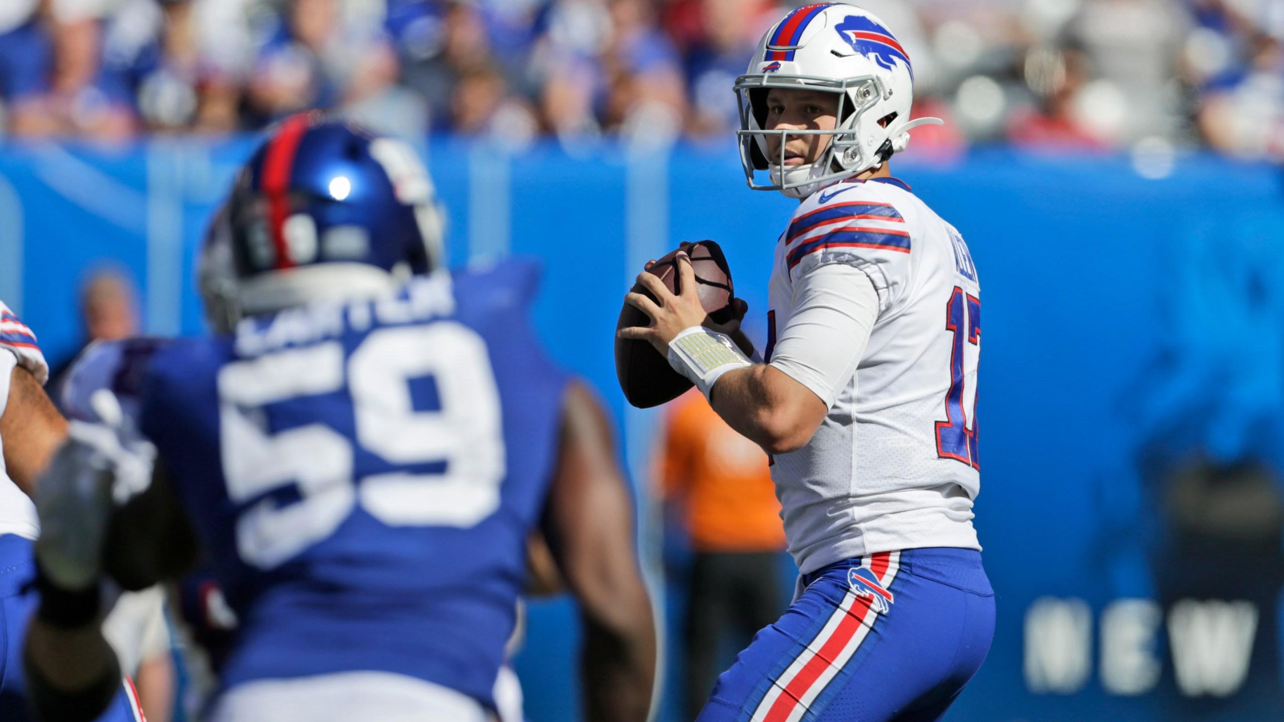 Allen S Strong First Half Carries Bills Past Giants News 4 Buffalo