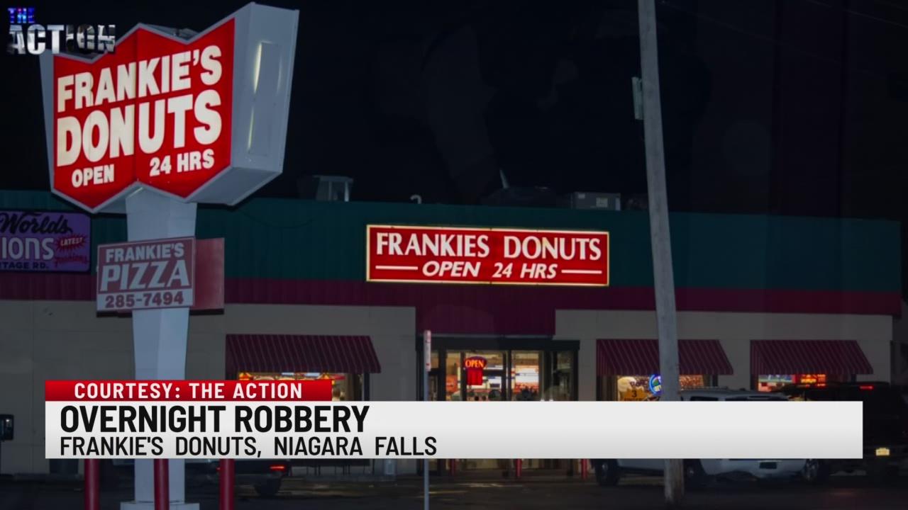 niagara falls police investigate robbery at frankie u2019s